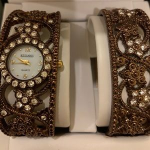 Kessaris Vintgage Style watch. & Brachlet